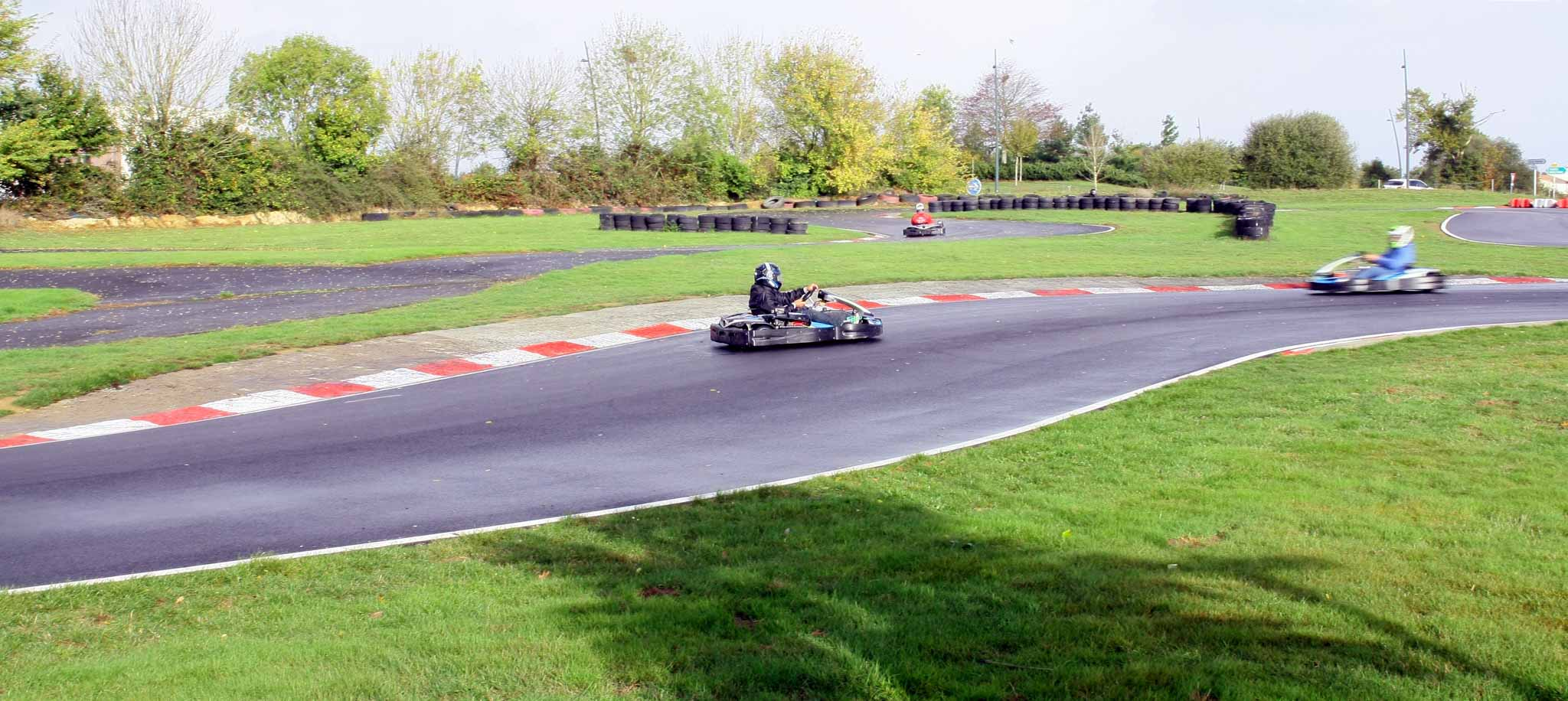 divertissement sur un circuit de karting